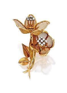 18 Karat Gold and Diamond Brooch, Cartier, France