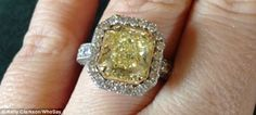 The ring revealed: Kelly Clarkson Tweeted a picture of her 'canary yellow' diamond ring a few hours after her engagement