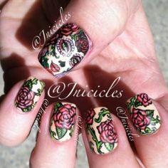 Dia de Los Muertos Pinup girl tattoo nail art