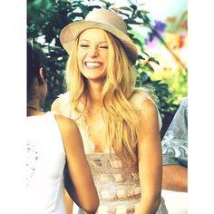 Without you, i'm nothing. ❤ liked on Polyvore featuring blake lively, people, gossip girl, hair and girls