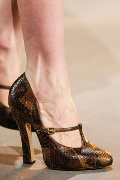 marc jacobs fall 2013... Love the style, color could be better, but an awesome shoe none the less!