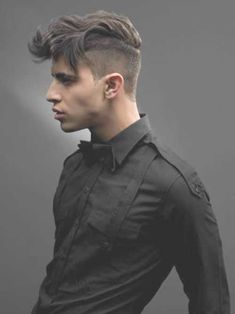 Introducing the Disconnected Undercut - Hairstyles & Haircuts for Men & Women Undercut Hairstyles, Hairstyles Haircuts, Haircuts For Men, Men Undercut, Medium Hairstyles, Undercut Pompadour, Funky Hairstyles, Formal Hairstyles, Shaved Side Hairstyles Men