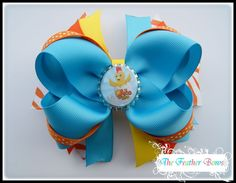 The chica show bow