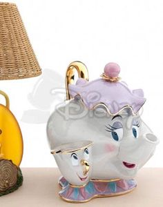 Disney Auctions LE Cookie Jars: Mrs. Potts & Chip
