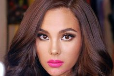 Catriona Gray has the perfect response to a hater Miss Universe Philippines, Miss Philippines, Aubrey Peeples, Pageant Headshots, Grey Makeup, Filipina Beauty, Miss World, Grey Fashion, Cartoon Wallpaper