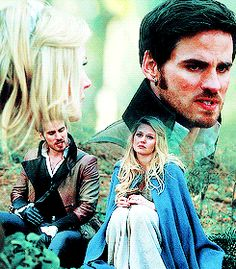 Once Upon a Time | Emma and Killian ♡ In the Enchanted Forest (gif)