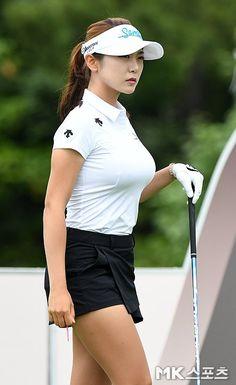 Girls Golf, Ladies Golf, Curvy Celebrities, Womens Golf Shirts, Sexy Golf, Bollywood Girls, Golf Outfit, Beautiful Asian Women, Athletic Women