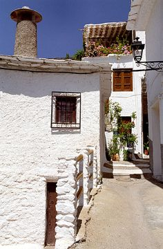 Las Alpujarras Pampaneira - Alpujarras, Granada, Spain, by toni_al Spain Travel, France Travel, Travel Usa, Granada Andalucia, Granada Spain, Beautiful Places, Beautiful Homes, Europe, Spain And Portugal