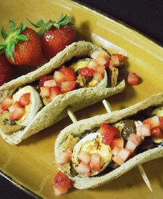 Mom friendly recipes that kids will love! Especially the S'mores Taco With Strawberry Salsa from @ChefVos! #FSTaste