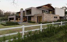 House in Blair Atholl 02 850x531 House in Blair Atholl by Nico van der Meulen