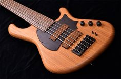Whatcha think about this bass from Adamovic