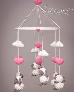Mobile de ovelhinhas Crochet - amigurumi - nuvens amigurumi - coração amigurumi - ovelha amigurumi - sheep - cloud Single Crochet