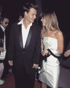 White Strapless Dress, White Dress, Young Johnny Depp, Hollywood Couples, Kate Moss, Man Crush, Cute Couples, Supermodels, Actors