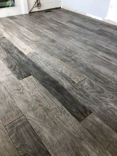 plywood flooring The Best DIY Plywood Floor - A Pi - flooring Burnt Plywood Floor, Stained Plywood Floors, Plywood Plank Flooring, Diy Wood Floors, Diy Flooring, Bedroom Flooring, Painted Floors, Painting Plywood Floors, Cheap Flooring Ideas Diy