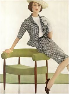 1969 Fashion, Fashion Photo, Vintage Fashion, Classic Outfits, Classic Fashion, Vogue, Wilhelmina Models, Cotton Suit, Timeless Elegance