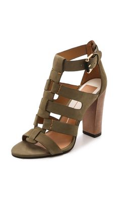 Online shopping from a great selection at Clothing, Shoes & Jewelry Store. Hot Shoes, Crazy Shoes, Me Too Shoes, Shoe Boots, Shoes Sandals, Mode Style, Beautiful Shoes, Summer Shoes, Shoes Online