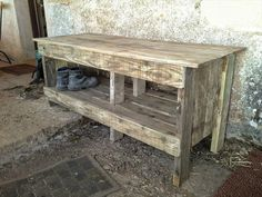 DIY Pallet Entryway Bench with Shoe Rack | 99 Pallets