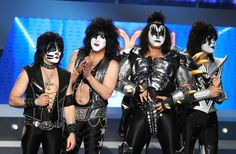 Rock n roll all night with a Kiss costume