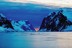 Yeah ok, this one is a little bit but I had to take this at You don't get to to often. Antarctica, Travel Inspiration, Boat, Awesome, Pictures, Outdoor, Travel, Photos, Outdoors
