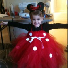 Minnie mouse tutu! Love this for little girl Halloween costume!