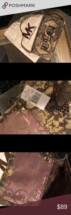 Michael kors clutch bag Snake print clutch Michael Kors Bags Clutches & Wristlets