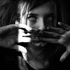 El origen psicosomático de las enfermedades: estrés, trauma, alianzas con los padres y bloqueos energéticos