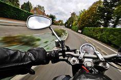 Steinhaus: Motorradfahrer (29) verlor beim Überholen die Kontrolle über sein Fahrzeug