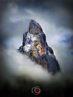 In cima al mondo Landscape Wallpaper, Nature Wallpaper, Artistic Photography, Landscape Photography, Mountain Photos, Walk The Earth, Mountain Photography, Natural Phenomena, Landscape Photos