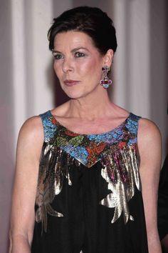 Carolina de Mónaco Andrea Casiraghi, Grace Kelly, Monaco Royal Family, Royal Jewelry, Stunningly Beautiful, Royal Fashion, Princess Diana, Stylish, Celebrities