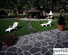 Palladium Opus Incertum - Ziano di Fiemme.  www.porfidi-online.com