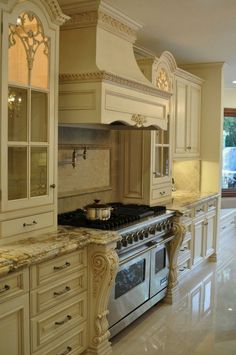 Amazing French Country Kitchen Design and Decor Ideas - nevaeh news Modern French Country, French Country Kitchens, French Country Farmhouse, French Country Decorating, Country Style, Cream Country Kitchen, Top Country, Luxury Kitchens, Home Kitchens