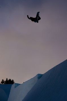 Method? Air. http://win.gs/K6AO6F Image: © Blotto #snowboard #givesyouwings