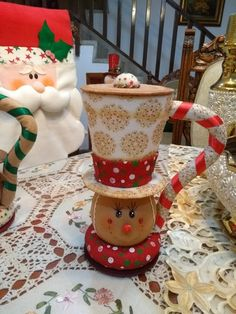 carla vargas fernandez's media content and analytics Christmas Ties, Christmas Candy, Christmas 2019, Christmas Stockings, Christmas Crafts, Country Crafts, Basket Decoration, Xmas Decorations, Gift Baskets