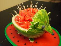 A fun and convenient way to serve watermelon. #creative #ideas