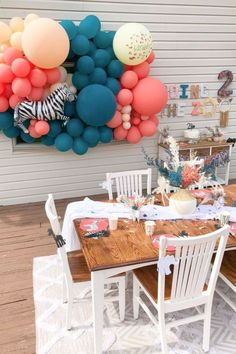 Check out this fun boho zoo-themed birthday party! The table settings are awesome! See more party ideas and share yours at CatchMyParty.com Zoo Birthday, Animal Birthday, Birthday Party Themes, Animal Cakes, Animal Party, Boy Or Girl, Favors, Birthdays, Table Settings