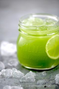 daily green juice - healthy chef