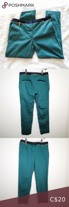 Zara Basic Emerald Navy Patterned Cropped Trousers -Zara Basic emerald & navy patterned trousers -Cropped ankle length, mid-rise -Good condition - lightly faded -Measurements in photos Zara Pants & Jumpsuits Ankle & Cropped Camo Skinny Pants, Cuffed Pants, Zara Trousers, Cropped Trousers, Camouflage Cargo Pants, Checker Pants, Faux Leather Pants, Collar Blouse, Cotton Pants