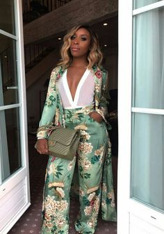 WEBSTA @ jackieaina - when the St Tropez light hits you ✨ Outfit is tagged - can you believe I'm actually wearing a pajama set? Classy Outfits, Chic Outfits, Summer Outfits, Fashion Outfits, Fashion Trends, Fashion Bloggers, Dress Fashion, Fashion Killa, Look Fashion