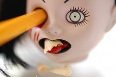 La bambolina satanica temperamatite