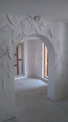 Одноклассники Clay Wall Art, Mural Wall Art, 3d Wandplatten, Royal Room, House Ceiling Design, Plaster Art, Hallway Designs, Hall Design, Wall Sculptures