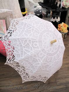 ♥♥♥ Special Offer ♥♥♥ This Handmade Battenburg Lace Vintage Umbrella is elegant and classic. It is made with cotton cloth with Wooden handle.  It will