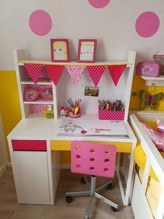 Zona de estudio Ikea Ambientes infantiles y juveniles para tomar nota) - Ikea Girls Room, Girls Bedroom, Bedroom Decor, Room Kids, Bureau Design, Ikea Study, Ikea Micke, Design Ikea, Child Room
