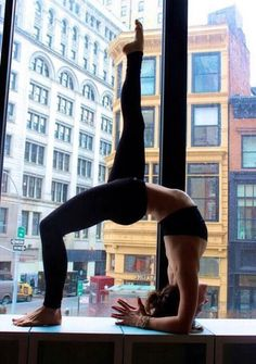 Yoga tapped by T. into Fitness/Yoga Yoga Fitness, Sport Fitness, Fitness Pics, Yoga Inspiration, Fitness Inspiration, Motivation Inspiration, Style Inspiration, Bodybuilding Motivation, Hot Yoga