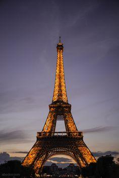 Eiffel tower by Aleksandar Bedov on 500px