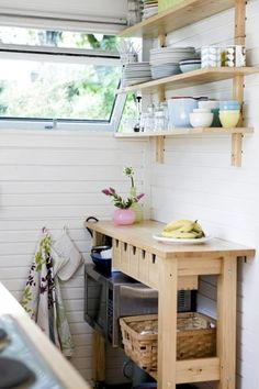 Ikea Forhoja Cart Ideas For Every Home - DigsDigs Cottage Kitchen Cabinets, Small Cottage Kitchen, Ikea Kitchen, Kitchen Island, Ikea Forhoja, Layout Design, Design Ideas, Home Office, Bedroom Ideas For Small Rooms Diy