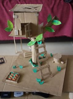 Photo for inspiration: great tree house; Projects For Kids, Diy For Kids, Craft Projects, Crafts For Kids, Family Crafts, Fun Crafts, Diy And Crafts, Paper Crafts, Cardboard Tree