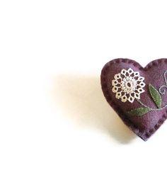 Wool pocket heart/purple white tatted flower by HittyHatty on Etsy, $10.00