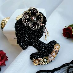 Handmade only ❤ ( Bead Embroidered Bracelet, Bead Embroidery Patterns, Bead Embroidery Jewelry, Beaded Brooch, Beaded Embroidery, Handmade Wire Jewelry, Brooches Handmade, Diy Accessoires, In Vino Veritas