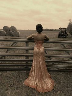Wedding dress picture idea