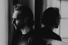 Tom Hiddleston on 'Betrayal' and the Art of Self-Protection Tom Hiddleston was posing for a portrait, and the face he showed the camera wasn't entirely his own. Thomas William Hiddleston, Tom Hiddleston Loki, Rafe Spall, Thomas Sharpe, Marvel Films, Beautiful Person, Beautiful Men, Tom Holland, Betrayal